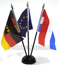 TRIPLE - COUNTRY FLAG INCL. BASE